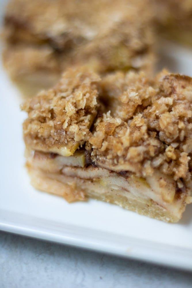 Close up of apple pie bar