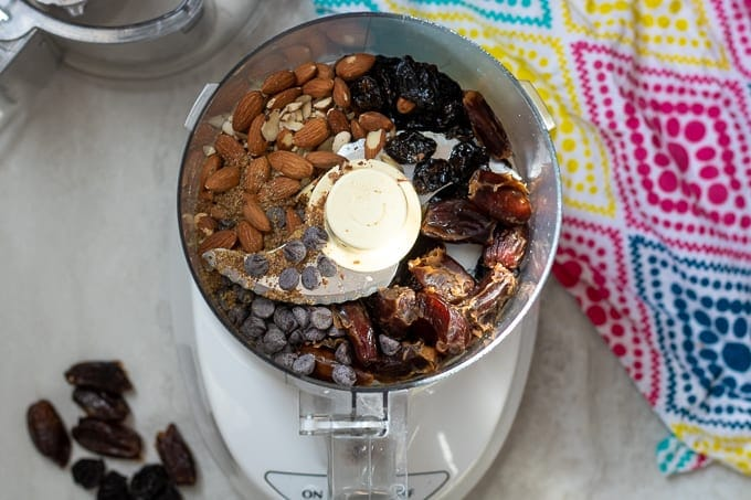 Food Processor with Ingredients for Date Protein Balls
