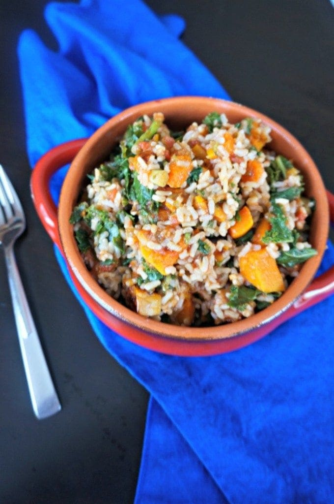 Vegan Butternut Squash Rice Bowl: A hearty and healthy meatless entree. This dish is filled with bold Mexican flavors that mingle perfectly with the sweetness of roasted squash.