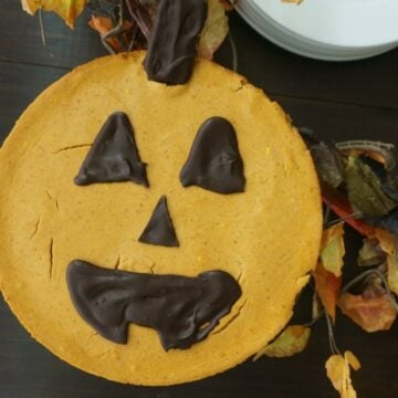 Pumpkin Cheesecake with Chocolate Jack O Lantern Face
