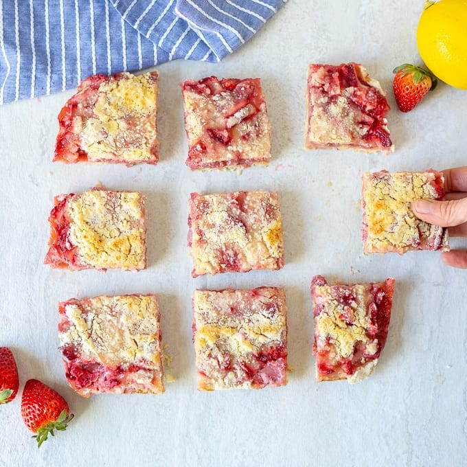 9 strawberry pie bars on counter
