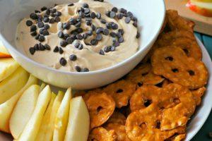 5 Ingredient Buckeye Dip #SundaySupper