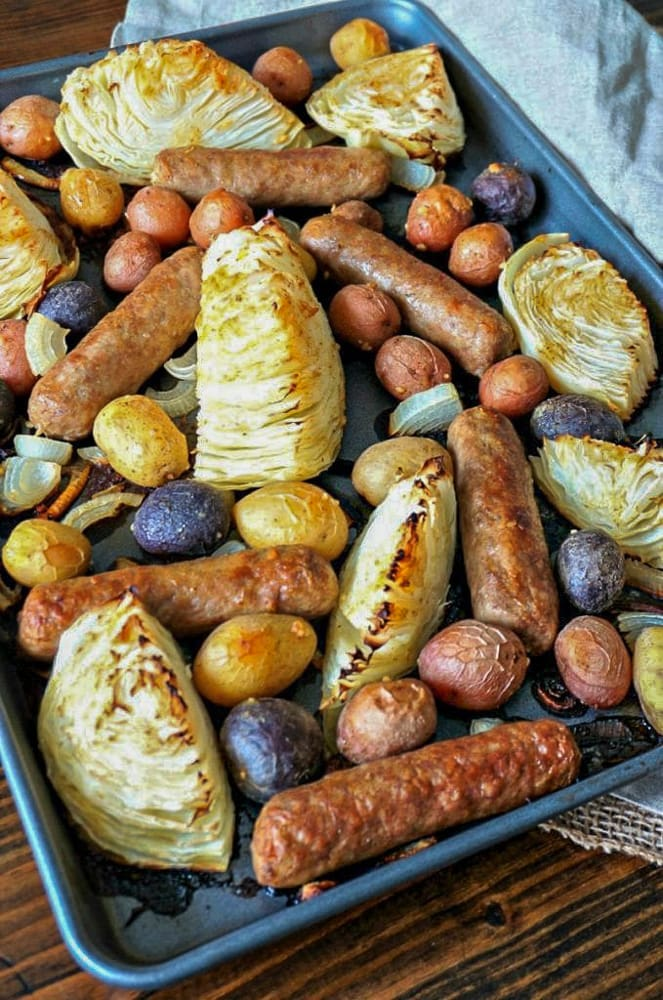 Sheet Pan with Cabbage, Bratwursts and Potatoes