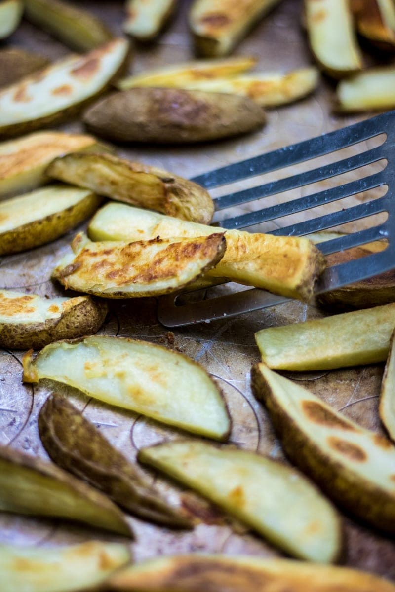 Oven Baked Cripsy Potato Wedges: The Healthy Alternative to Fries