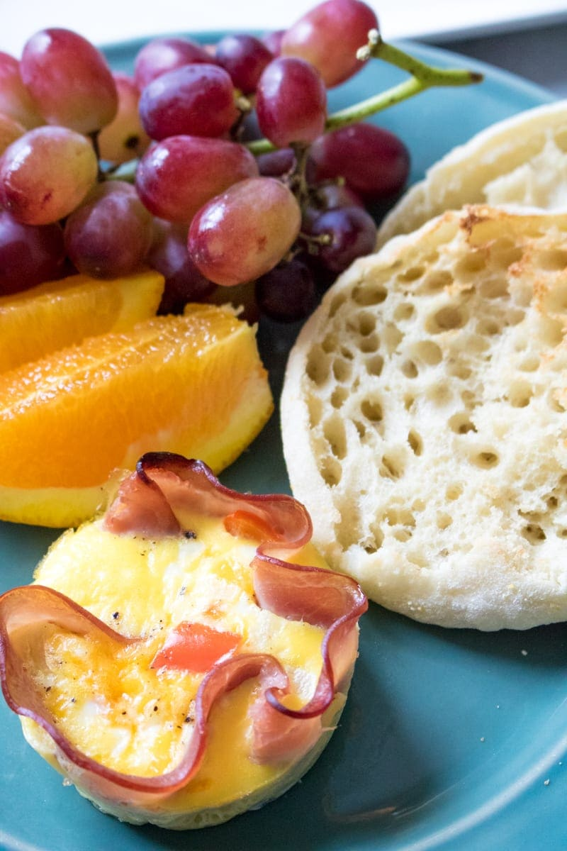 Easy Baked Ham and Egg Breakfast Cups 3 Ways: Make-Ahead, Customizable Breakfast: Make everyone happy with Mediterranean, 3 Cheese, & Western Ham and Egg Cup--a flavor perfect for EVERYONE!
