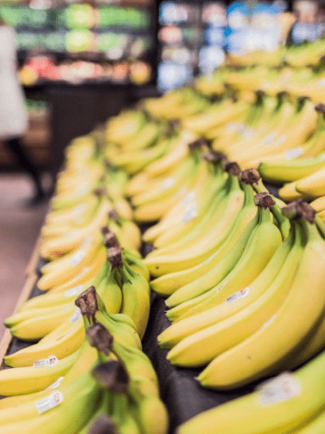 grocery display of bananas