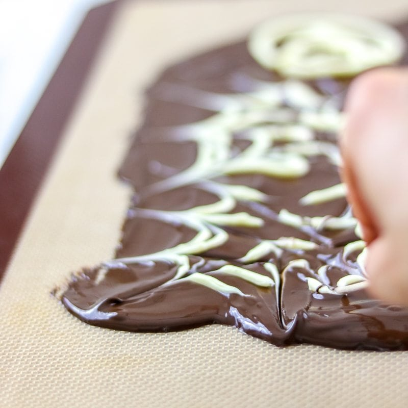 Marbling Chocolate Technique