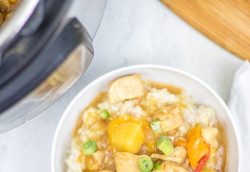 Instant Pot Sweet and Sour Chicken: A healthier spin on a favorite take-out dish that is made in under 10 minutes thanks to the Instant Pot.  Easy Chicken Dinner Recipes   Chicken Breast Recipes   Instant Pot Chicken Recipes   Asian Chicken Recipes   Gluten Free Chicken Recipes   Sugar Free Asian Recipes   Sugar Free Sweet and Sour Chicken   Gluten Free Sweet and Sour Chicken