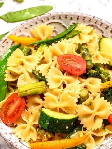 Bowl of Pasta with Vegetables