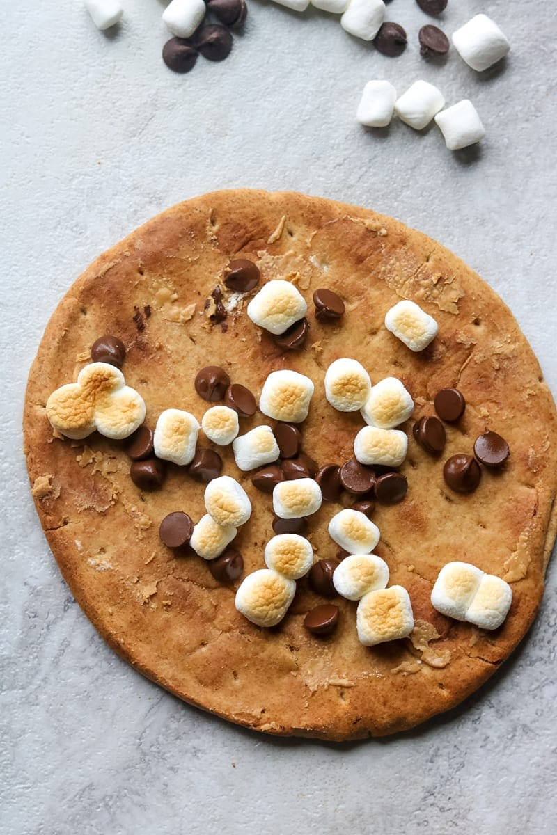 Peanut Butter Chocolate Chip Pizza