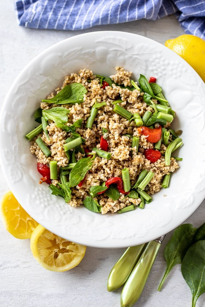 Quinoa Salad with Spinach and Tomatoes