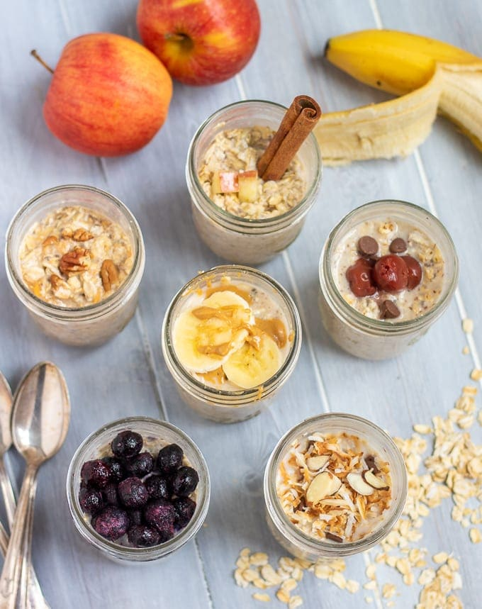 6 Mason Jars filled with Overnight Oatmeal