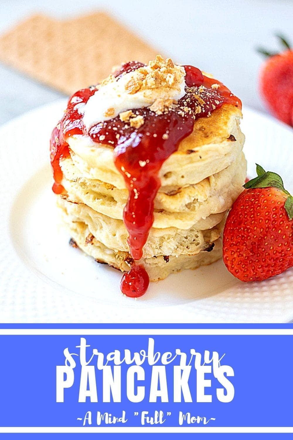 The BEST Strawberry Cheesecake Pancakes with Fresh Strawberry Sauce #pancakes #strawberry #brunch