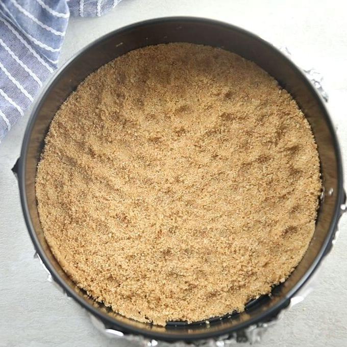 Cheesecake crust in springform pan
