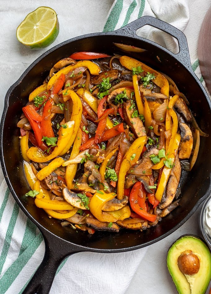 Cast iron skillet with veggie fajita mixture